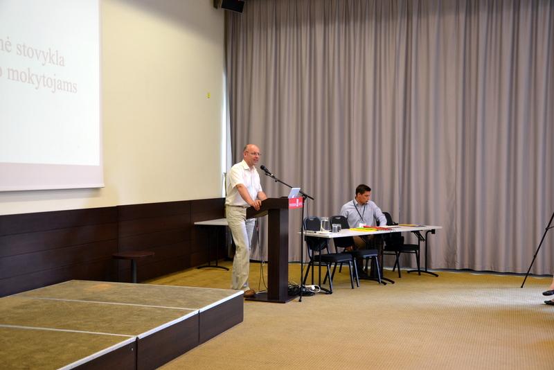 01-UPC direktorius Giedrius Vaidelis taria sveikinimo žodį